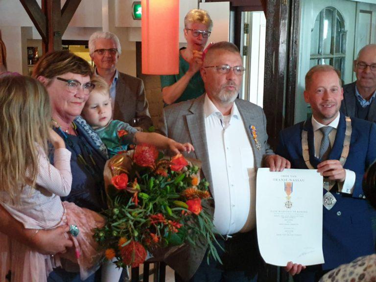 Koninklijke onderscheiding voor ons erelid Johan Beun